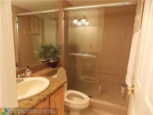 bathroom at Pinecrest Village Condos